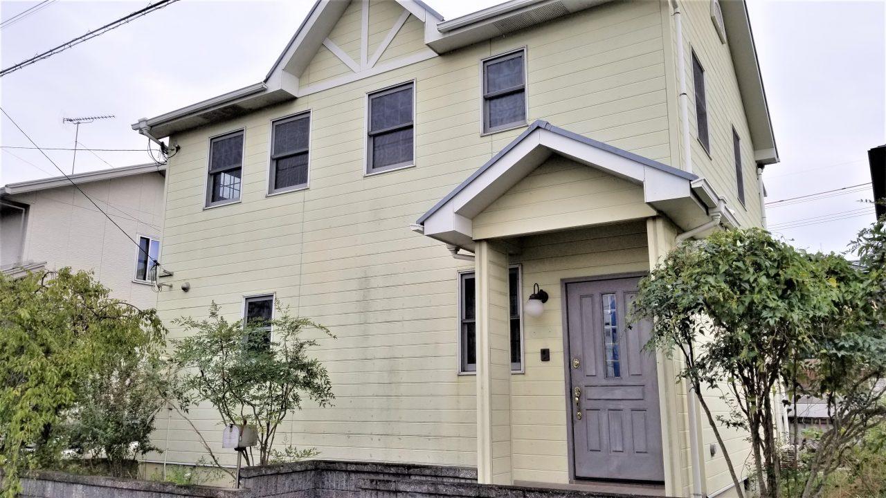 明るく開放的なLDKとインナーウッドテラスが特徴のおしゃれな輸入住宅